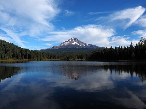 Mt. Hood reflecting in the calm waters of Trillium Lake outside Portland, Oregon