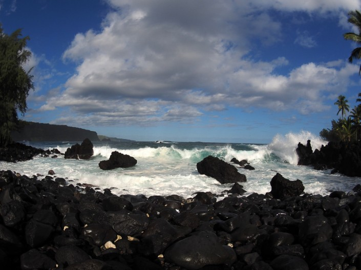 A view of the rugged shoreline at Kaenae Peninsula, Maui, Hawaii